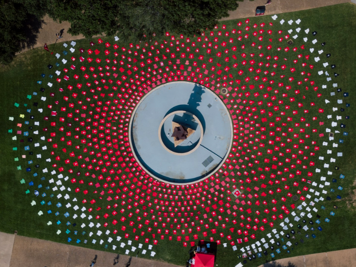 1100 shirts in a circle